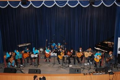 گروه-گیتار-کلاسیک-استاد-تشرفی