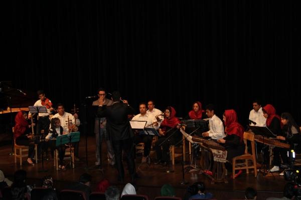 ارکستر-آموزشگاه-موسیقی-پدر-استاد-محمد-وکیلی